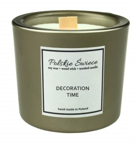 DECORATION TIME - Świeca sojowa z drewnianym knotem